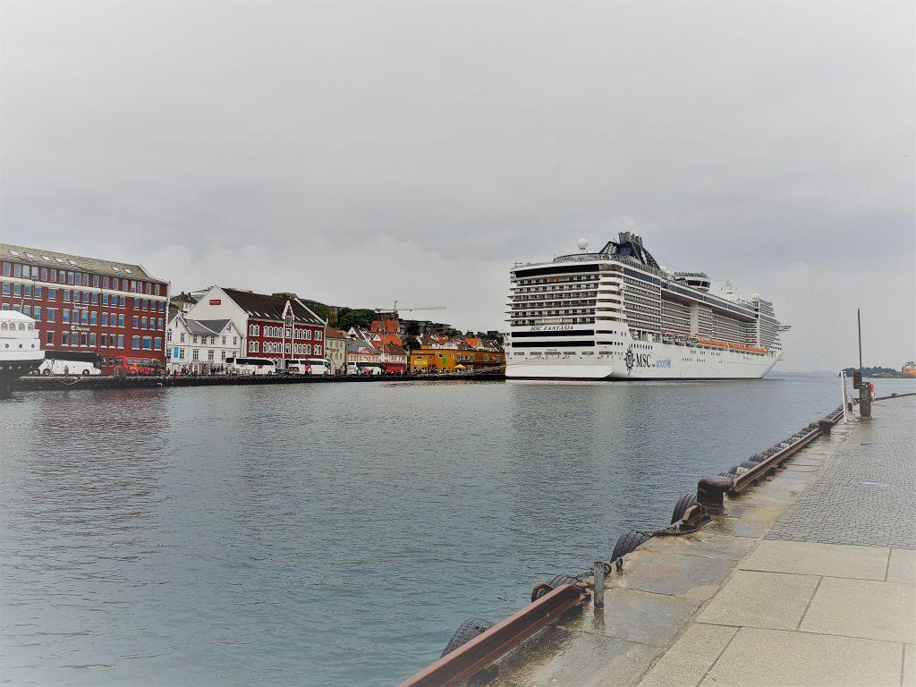 Пристанището на Ставангер и Фантазия